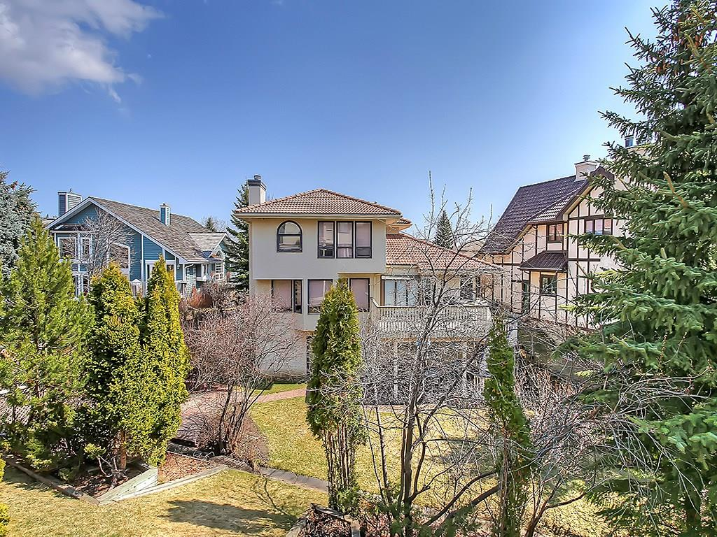 strathcona park calgary sold real estate listing backyard view westside sold
